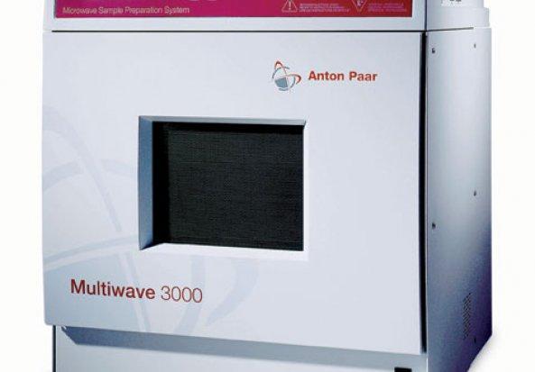 Perkin Elmer Multiwave 3000 Microwave Sample Digestion System