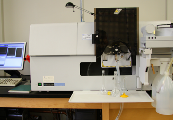 Perkin Elmer AAnalyst 800 Atomic Absorption Spectrometer Atomic Absorption Spectrometer (AAS)