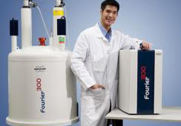 Bruker Fourier High Resolution FT-NMR Spectrometer
