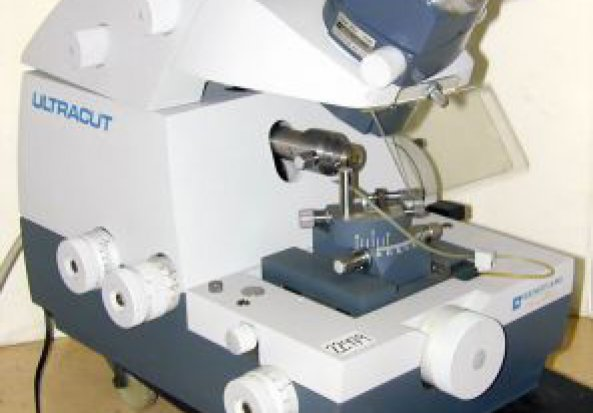 Reichert Jung Ultracut Ultramicrotome
