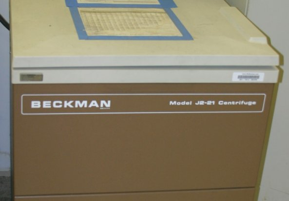 Beckman Centrifuge J2-21