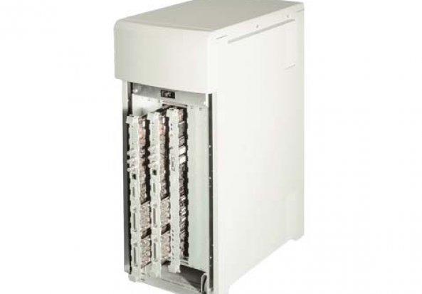 Instron 8800 Controller