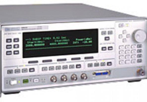 Hewlett Packard 83630L Signal Generator
