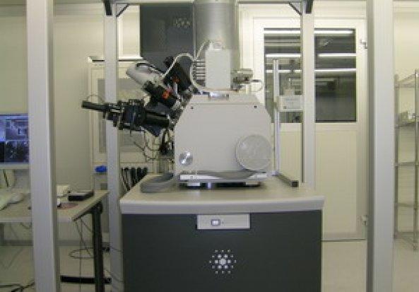FEI Nova 600 Nanolab Electron Microscopes