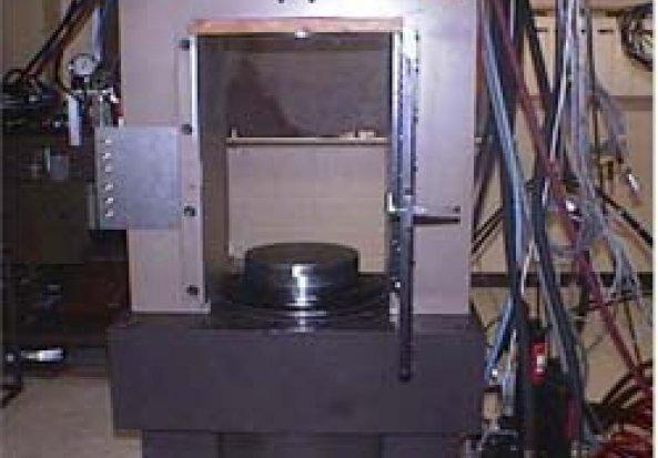 MTS Servo-controlled Rock Testing Machine
