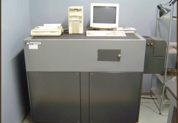 Philips PW1404 X-ray Fluoresence (XRF) Spectrometer