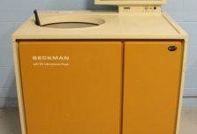 Beckman L8-70 Ultracentrifuge